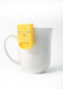 Liquid level indicator shown on a mug